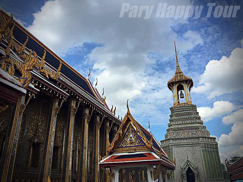 The Grand Palace and The Emerald Buddha Temple