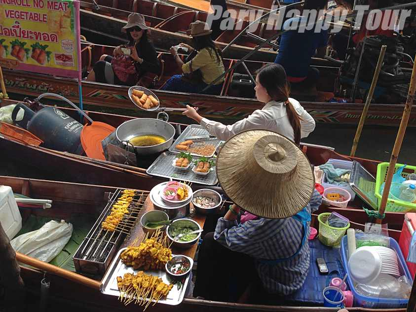 Tha Ka and Damneon Saduak Floating Market (Half Day) Tha Ka and Damneon Saduak Floating Market (Half Day)